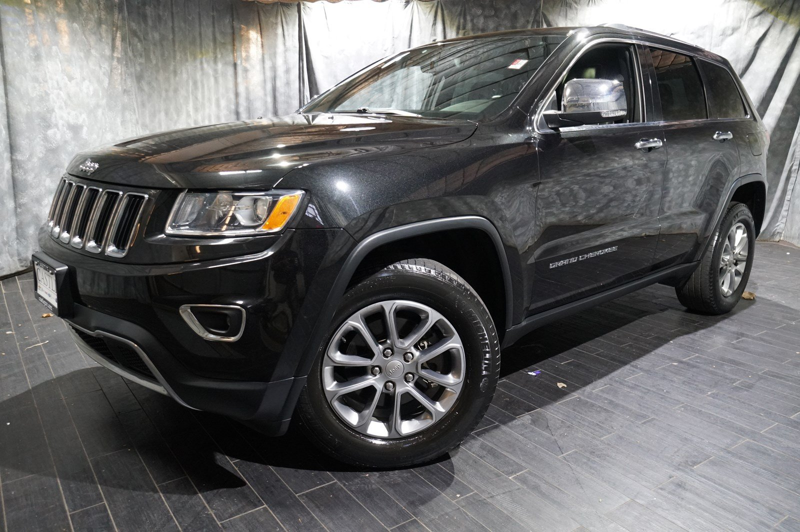 pre-owned 2015 jeep grand cherokee limited sport utility in villa